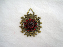 Load image into Gallery viewer, 1920s Art Deco Bohemian Pendant Czech Glass Brass Filigree