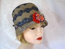 "Load image into Gallery viewer, 1920s Cloche Hat 22"" Embroidered Straw Cloche Hat"