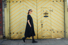 Load image into Gallery viewer, ELIN MIDI BLACK LINEN DRESS