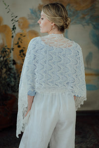 HAAPSALU SCARF WITH QUEEN SILVIA PATTERN IN WHITE