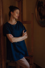 Load image into Gallery viewer, JOHANNA DARK BLUE LINEN SHIRT
