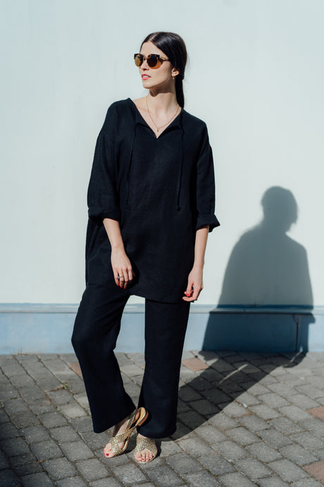 MONA BLACK LINEN TUNIC