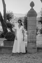 Load image into Gallery viewer, PAULINE WHITE LINEN MAXI DRESS