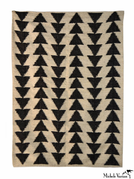 Arrow Triangle Woven Rug 5 x 8