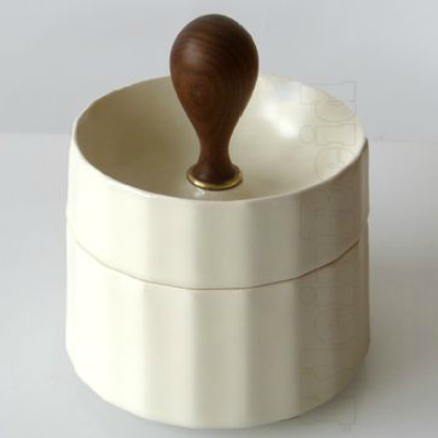Porcelain Benito Box