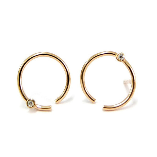 Gold Curved Line Earring