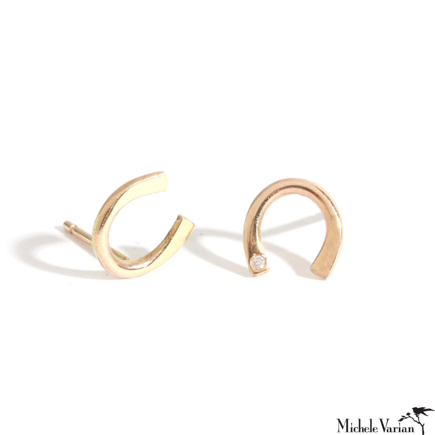 Gold Flush Set Horseshoe Post Earring