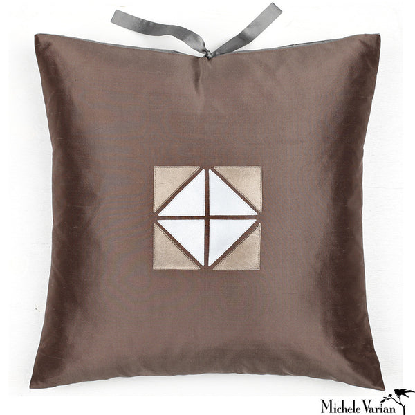 Silk Applique Pillow Geode Mudd 18x18