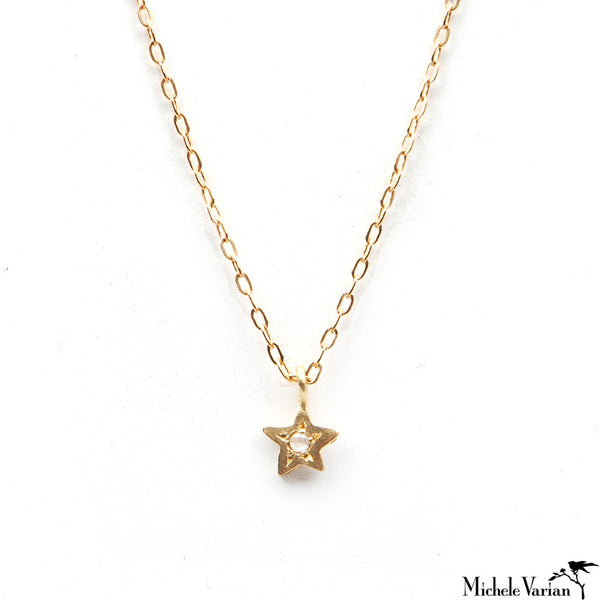 Gold Tiny Star Necklace With Diamond