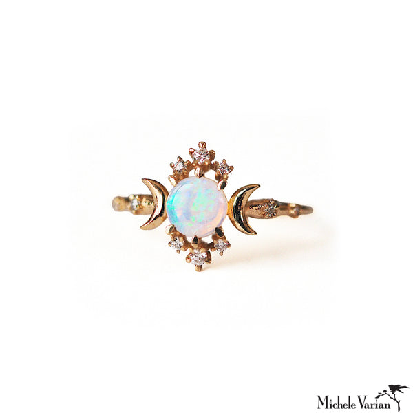 Wandering Opal Star and Diamonds Gold Ring