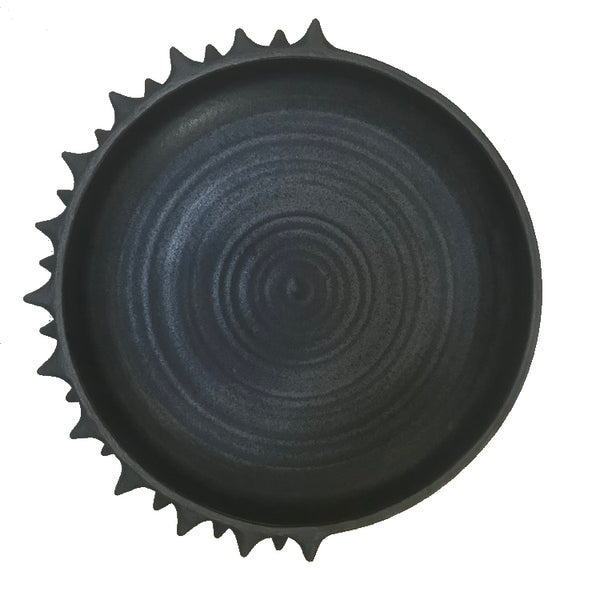 Low Matte Spiked Platter Black