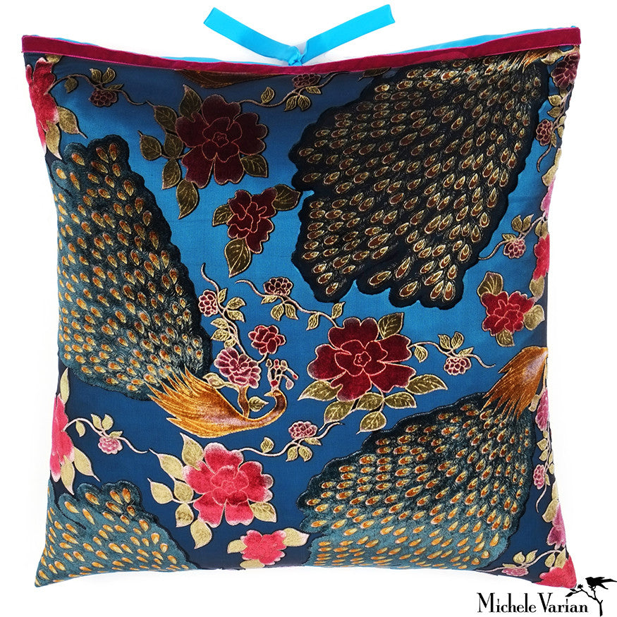 Printed Velvet Pillow Peacock 22x22