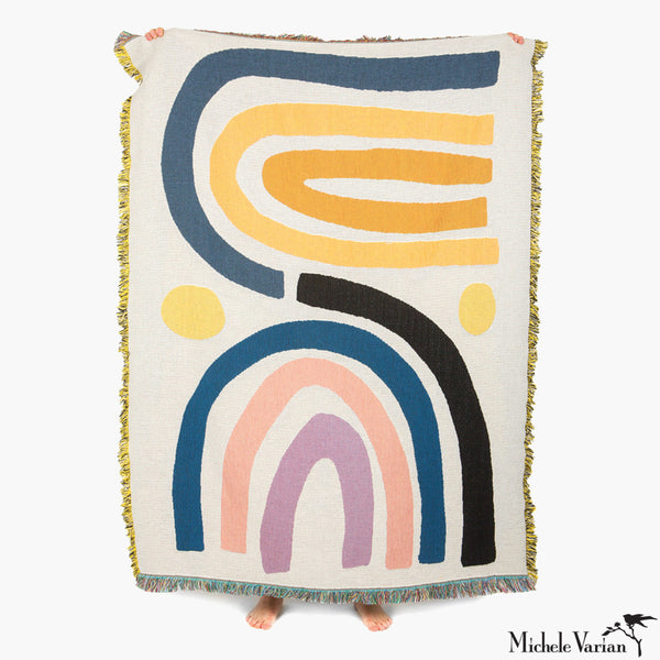 Squiggle Arch Patterned Blanket