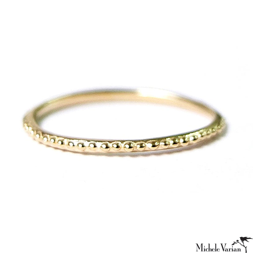 Dotted Simple Gold Band Ring