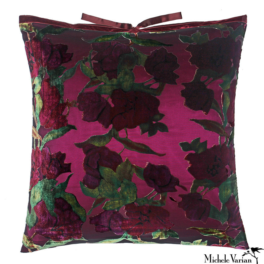 Printed Velvet Pillow Roses 22x22