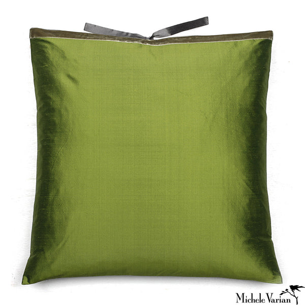 Silk Dupioni Pillow Grass 22x22
