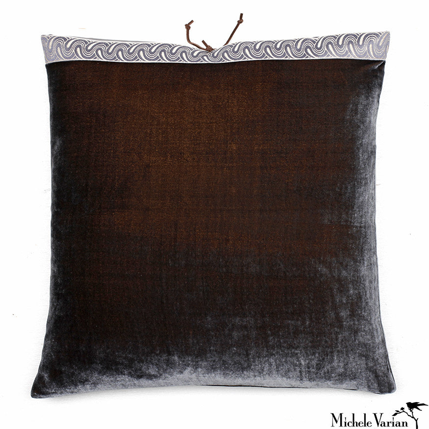 Silk Velvet Pillow Moose 20x20