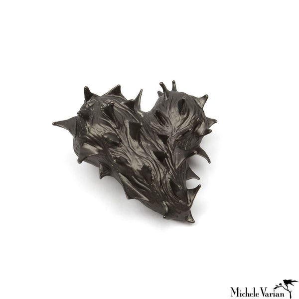 Thorny Heart Black