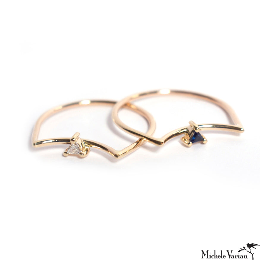 Sapphire Element Cat Gold Ring