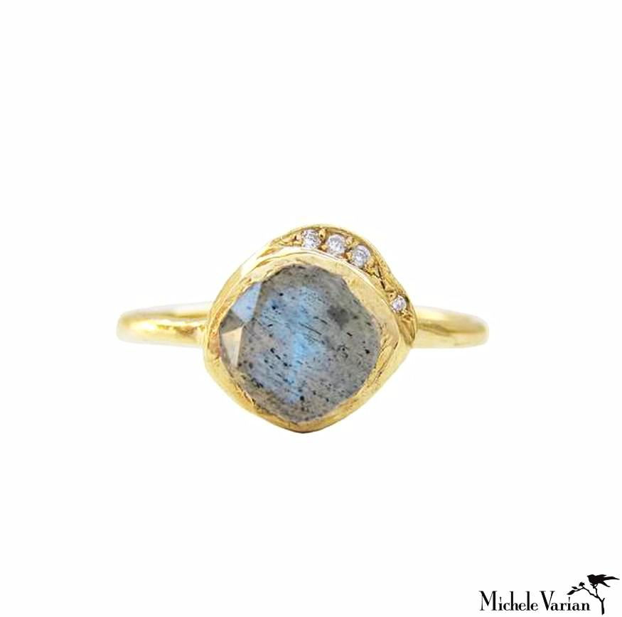 Labradorite and Diamond Cove Gold Ring