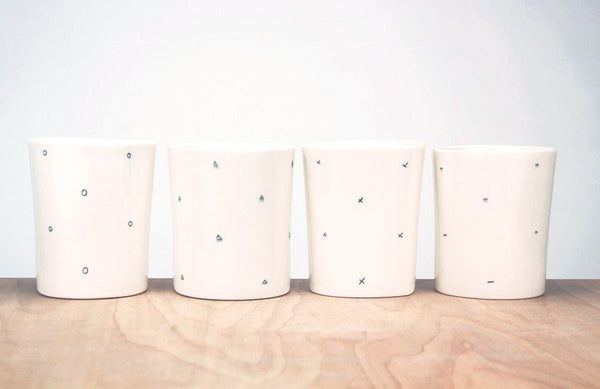 Ditsy Pattern Cup X O or V Triangle