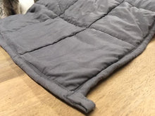 Load image into Gallery viewer, 10lb weighted blanket throw