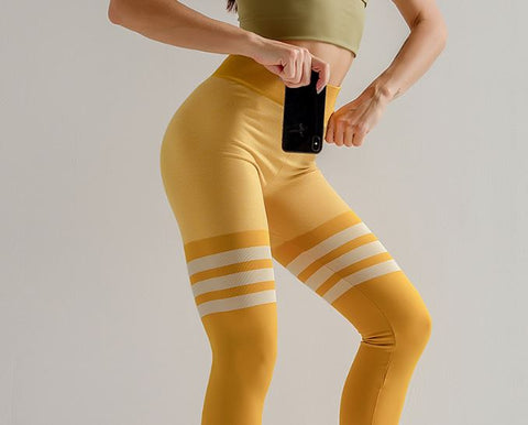 PUSH UP TRIPLE LINES LEGGINGS