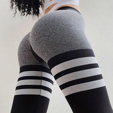 Load image into Gallery viewer, PUSH UP TRIPLE LINES LEGGINGS 2