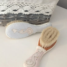 Load image into Gallery viewer, Little Swan Princess Hairbrush