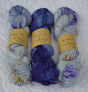 Smell The Irises Summer Shawl Kit