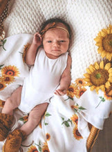 Load image into Gallery viewer, Snuggle Hunny | Sunflower Organic Muslin Wrap