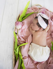 Load image into Gallery viewer, Snuggle Hunny | Musk Organic Muslin Wrap