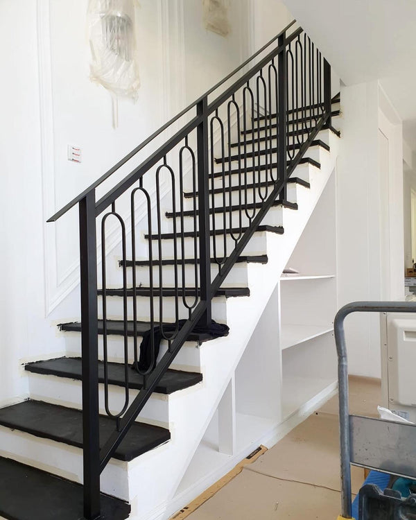 SR010 - Transitional Curved Staircase Railings - Metal and Aluminium Fabrication