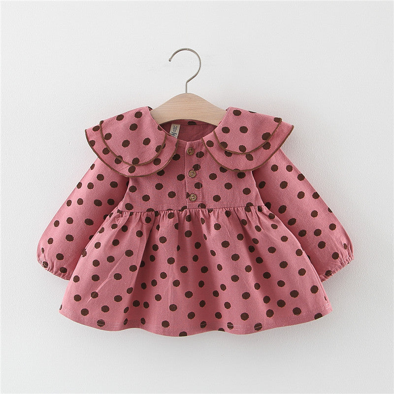 Dress girls covered with dot print