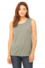 Load image into Gallery viewer, WOMENS FLOWY SCOOP MUSCLE TANK