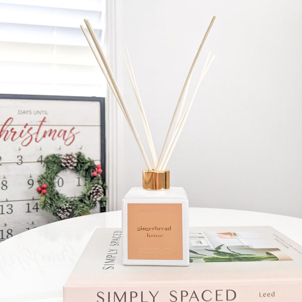 GINGERBREAD HOUSE DIFFUSER