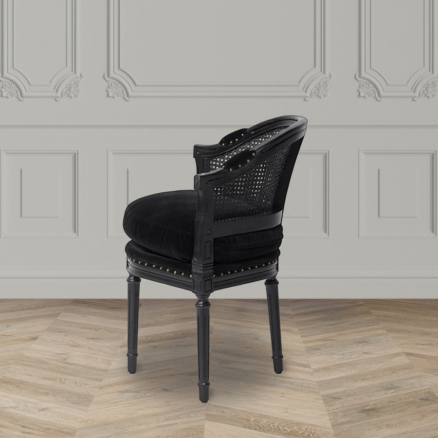 THE VICTORIA CHAIR
