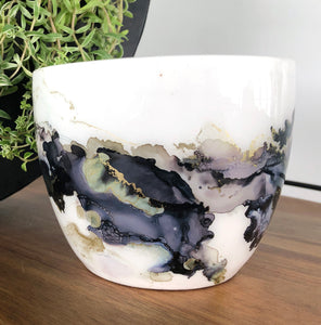 center view Midnight black and gold alcohol ink hand-painted on 16oz stoneware coffee mug. Signed by the artist, Jaylin Knutson.