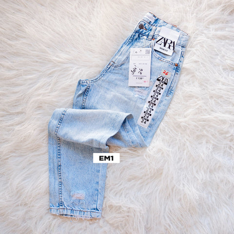 Limited Stocks Zara Mom Jeans