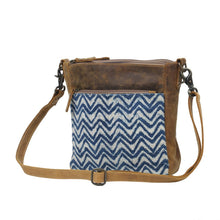 Load image into Gallery viewer, Indigo Shibori Print Cross body