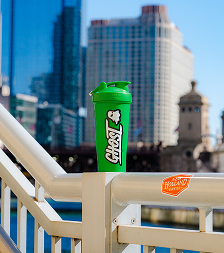 GHOST® LOGO SHAKER Kelly Green