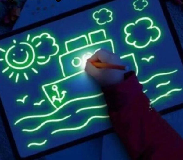 Magic Light Up Pen & Draw Board
