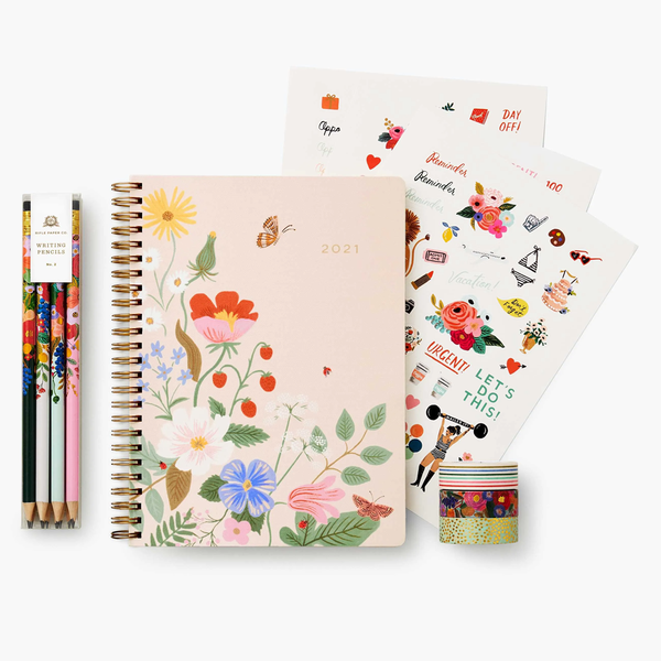 Rifle Paper Co. Strawberry Fields 12-Month Spiral Planner Bundle