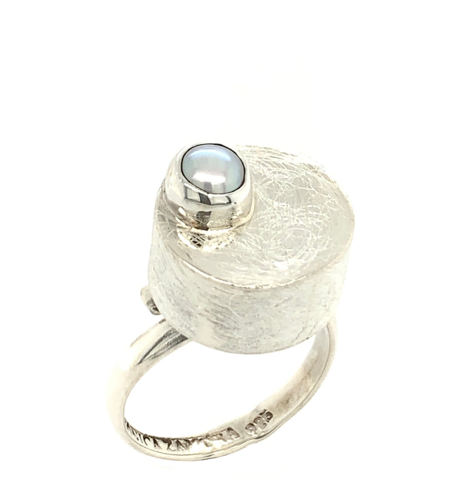 STERLING SILVER FRESH WATER PEARL DISK BOX ADJUSTABLE RING