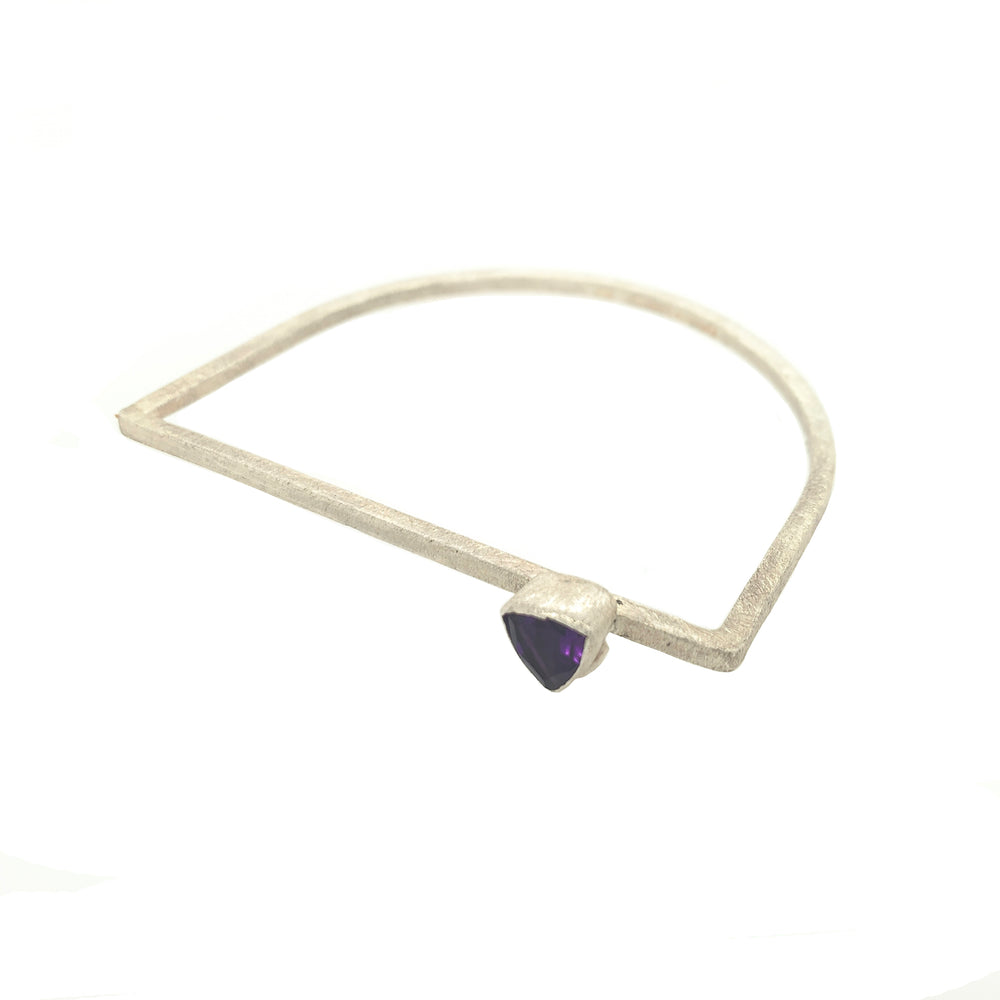STERLING SILVER D SHAPE GEM STONE BANGLE