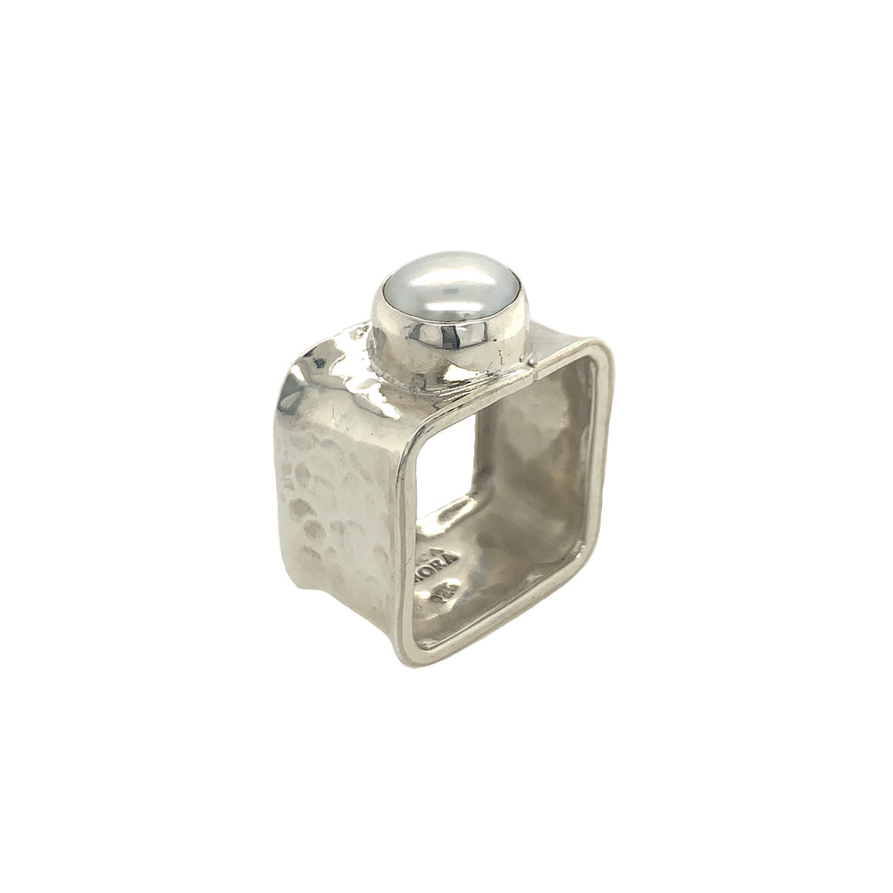 STERLING SILVER FRESH WATER PEARL SQUARE RING