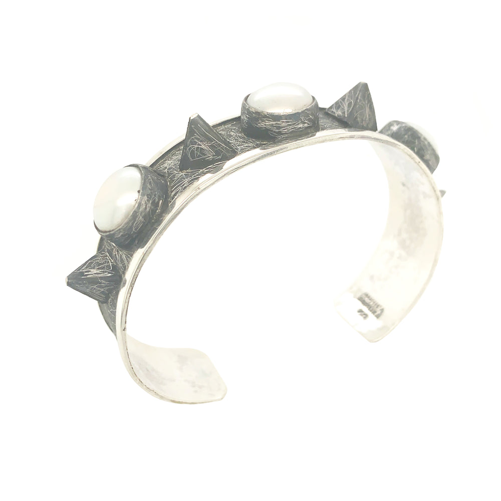 STERLING SILVER FRESH WATER PEARL SPIKE CUFF