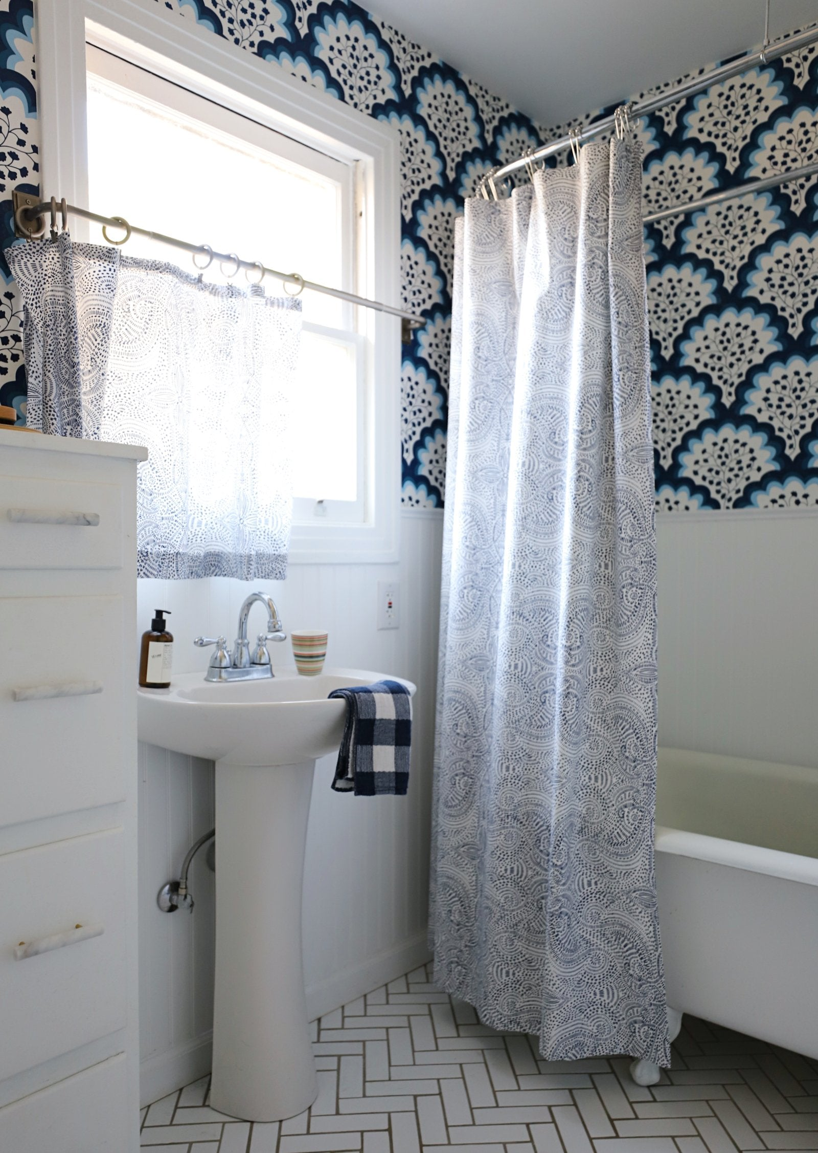 Before & After: A Punchy Pattern-Filled Bathroom