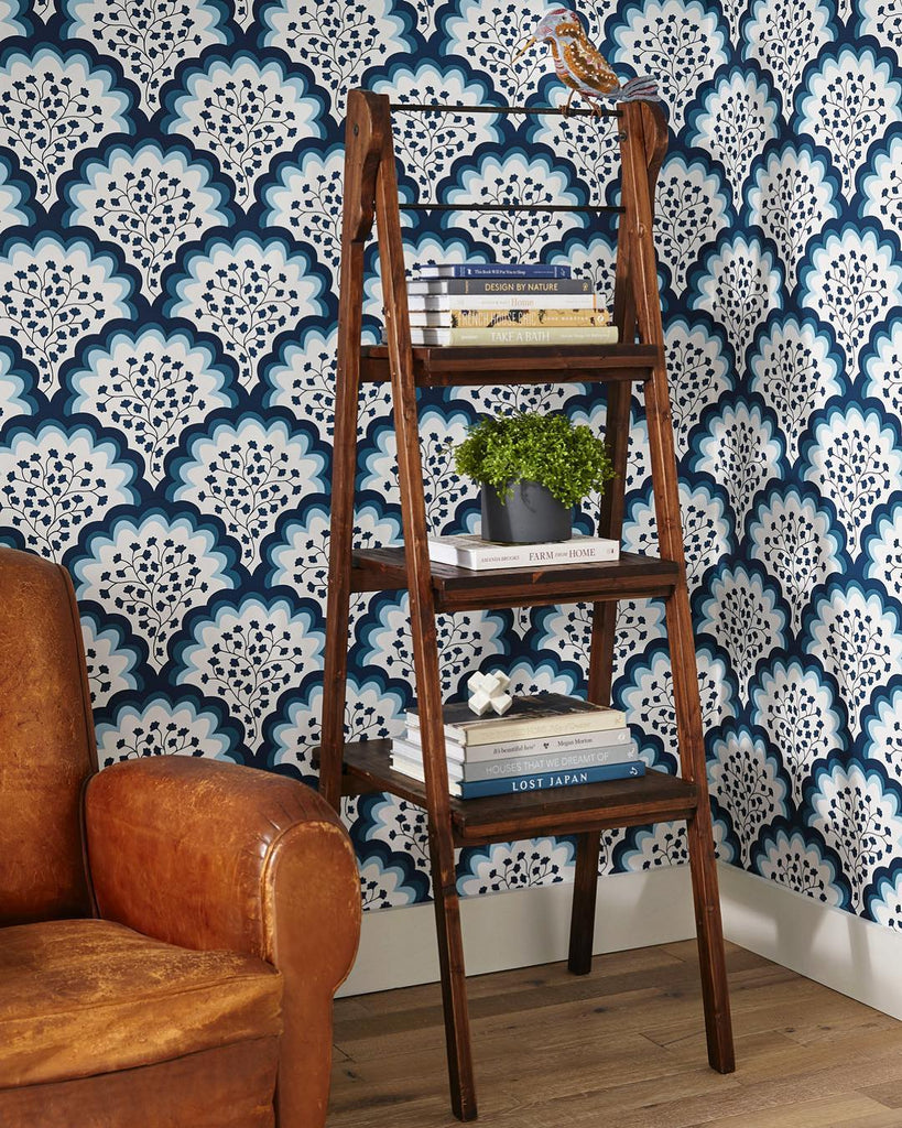 Angelina Navy wallpaper | Tilton Fenwick | Hygge & West