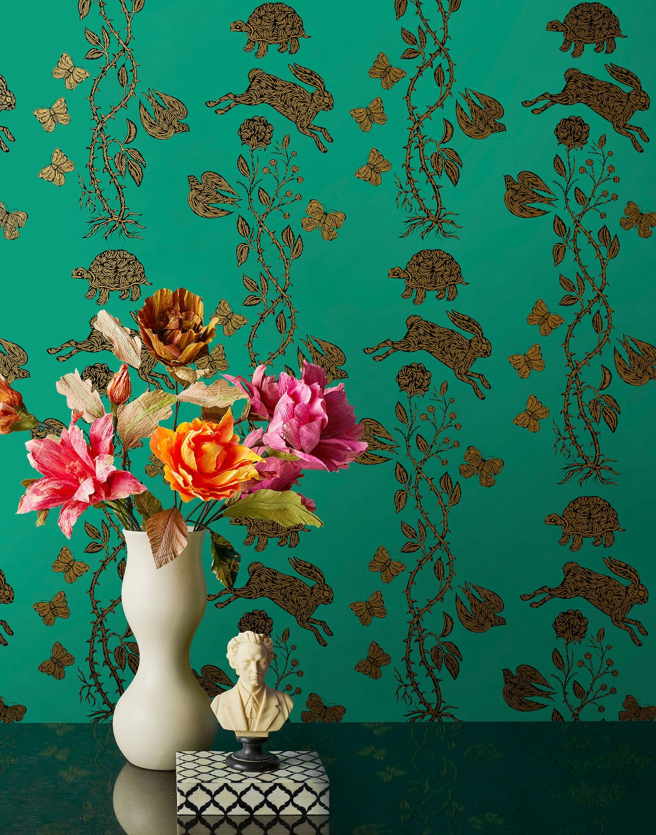 Pattern Players: PATCH NYC | Fable Emerald wallpaper | Hygge & West